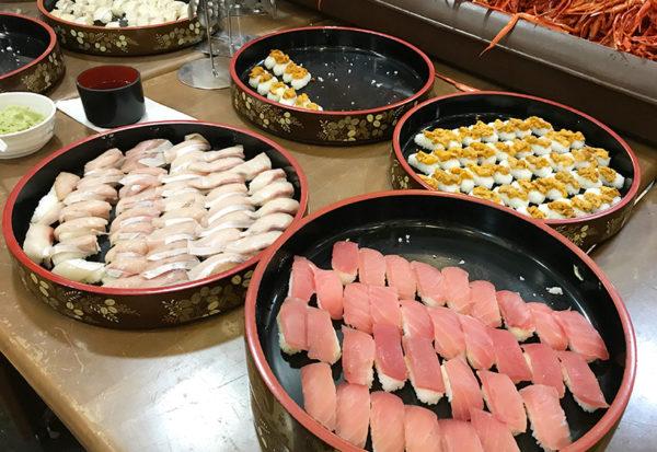 【魔法のレストラン】カニ食べ放題!ビール飲み放題!8000円台の日帰りバスツアー 寿司