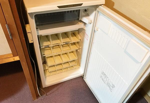 奥飛騨薬師のゆ 本陣 客室 冷蔵庫