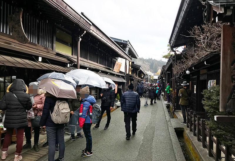高山市 古い町並 国選定重要伝統的建造物群保存地区 混雑
