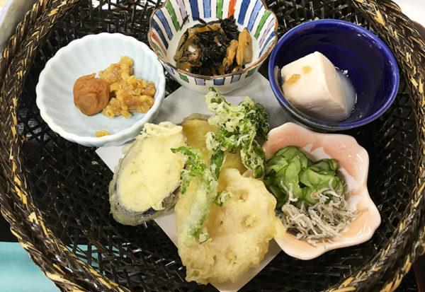 和歌山 日帰りバスツアー ランチ 昼食 お食事処 あんちん 花篭盛り