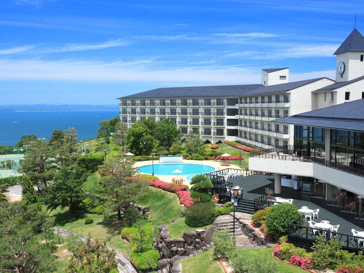 離島のリゾートホテルで宿泊ミステリーツアー