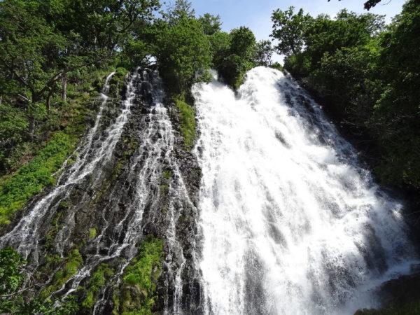 北海道 ウトロ オシンコシンの滝