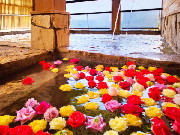 鳥羽ビューホテル花真珠 バラ風呂