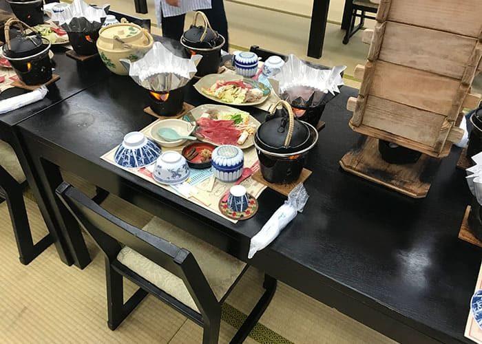 岡山 日帰り バスツアー 昼食 西の屋 すき焼き 松茸