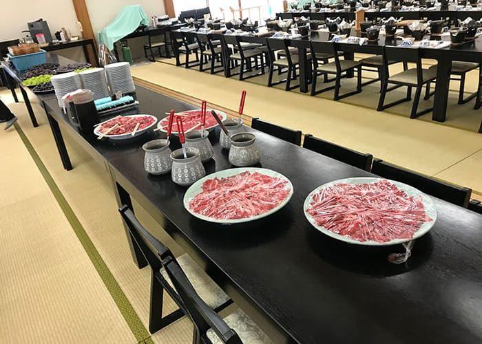 岡山 日帰り バスツアー 昼食 すき焼き食べ放題 松茸ご飯食べ放題